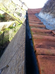 gutter cleaning services london image